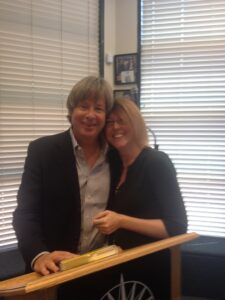Me and the wonderful, amazing, extraordinary Mr. Dave Barry.